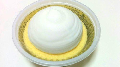 プレミアムロールケーキアイス (2)