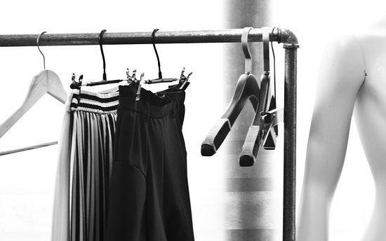 スーツスカート